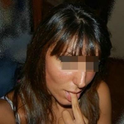 Femme très coquine pour un homme pas coincé pour une fellation à Bron