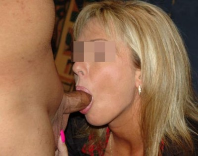Femme très salope de Saint-Cyr-au-Mont-d'Or qui aime la fellation sans préservatif