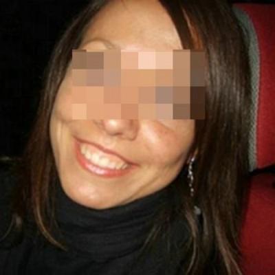 Jolie femme veut se trouver un jeune africain pour une défonce anale à Francheville
