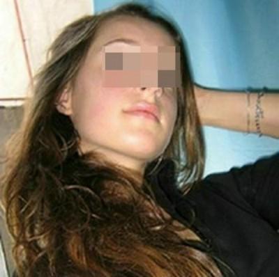 Femme très salope pour un type musclé sur Collonges-au-Mont-d'Or pour une baise gratuite
